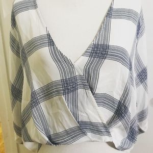 Forever 21 size small crop kimono style top
